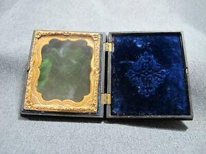 Antique photo Gutta Percha Case Empty