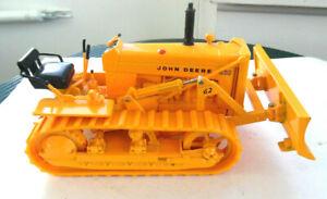 1/16 Ertl John Deere 430 Crawler Bulldozer
