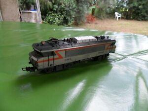 locomotive électrique BB 22305 de la sncf  éch ho de marque lima