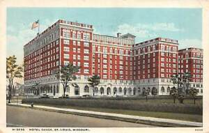 Fred Harvey ~ St. Louis, MISSOURI ~ Hotel Chase ~ White border era card
