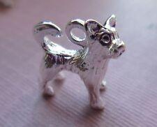 10 x Tibetano Argento Dog Puppy in piedi Yorkshire Terrier 3D charms ciondoli