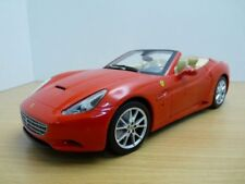 FERRARI CALIFORNIA rouge 1/18