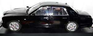 Minichamps / PMA  Bentley ARNAGE /  1:18 / Black