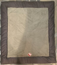 Holiday Time Grey 42�X 37�Tufted Plush Pet Bed -Machine Washable Cat or Dog New