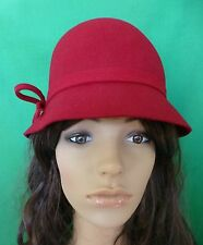 DARK RED FELT WOOL HAT BOW VINTAGE GATSBY