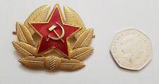 Soviet USSR Russian Red Army Military Ushanka Hat Cap Beret Metal Pin Badge star