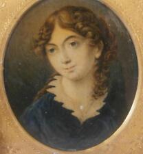 Fine georgiano Retrato Miniatura bastante joven dama con largo cabello castaño