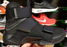 Nike Lebron Soldier 10 T 44,5 Black/Black Neuf Chaussures