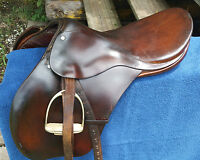 "Gidden English saddle Brown Leather 17.5"" w/ girth & irons"