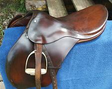 """Gidden English saddle Brown Leather 17.5"""" w/ girth & irons"""