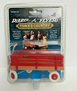 Radio Flyer Miniature Town & Country Wagon Model #2, New 1993