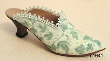 Just the Right Shoe by Raine - Touch Of Lace 25061 - New In Box Coa
