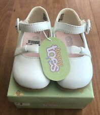 Teeny Toes Girls White Dress Shoe with Bow Size 4 New with Tag