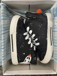 *NEW* Carter's Unisex-Child Nash High-Top Sneaker, Size 9 Toddler, Black 5E-4140