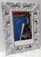 Specchio  barocco in legno intarsiato cm 80x60 disp. bianco decapato cornice