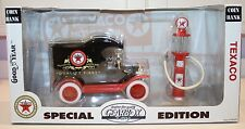 Gearbox Texaco Special Ed. 1912 Ford Model T Delivery Car & 1920s Wayne Gas Pump