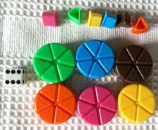TRIVIAL PURSUIT Replacement - 6 Scoring Pies/Wedges + Die + 6 Extra Wedges  (c)