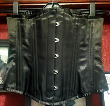 Classic Black Goth/Gothic/Alternative Underbust Corset 26