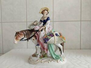 Porzellan Figur-Dame mit Pferd - Scheibe-Alsbach -Lady on Horse-Felix Zeh
