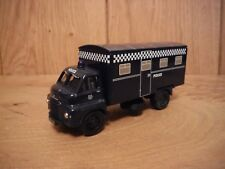 Vanguards Big Bedford Police truck (032)