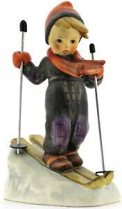 "Goebel Hummel Figur ""Ski-Heil""  Junge beim Ski fahren ca. 14cm Höhe"