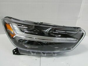 2018 2019 VOLVO XC40 OEM RIGHT LED HEADLIGHT T1