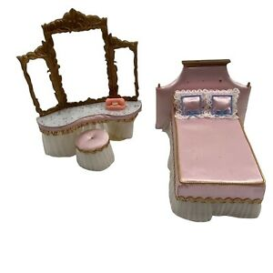 Vintage Ideal Patti Princess Dollhouse Furniture Bedroom Bed Phone Vanity Doll H
