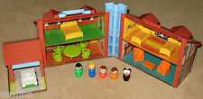 1980 Vintage Fisher Price Play Family Little People Brown Tudor House 952