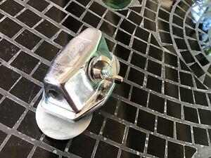 floor tom leg bracket 1 7//8 screw center to screw center 1//2 in leg hole