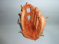 MacGREGOR  LEATHER BASEBALL GLOVE MODEL MG50 FOR RIGHT HAND THROWER