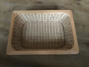 Small Wicker Hamper Basket Empty Gift Tray  Storage Christmas Birthday Present