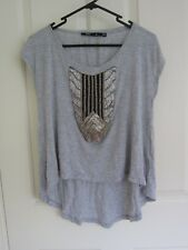 *GREAT CONDITION* SPORTSGIRL Grey T-Shirt w/ Beaded Detail –SZ XS