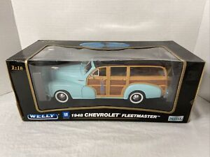 1:18 scale GM Welly 1948 Chevrolet Fleetmaster Light Blue Woodie -