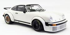 Minichamps 1/12 Scale Model Car 125 766404 - 1976 Porsche 934 - White