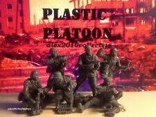 NEW!! PLASTIC PLATOON, German Infantry,STALINGRAD, 6 rubber soldiers 1:32