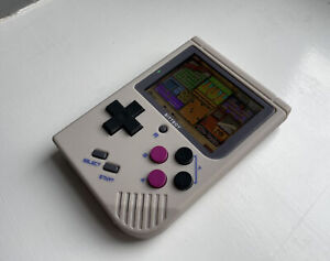 BITTBOY V2 - Retro Gaming Handheld / With 8GB Micro SD Card
