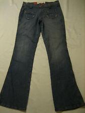 Mossimo Denim distressed boot cut blue jeans  juniors size 9  (Waist 32 X 33)