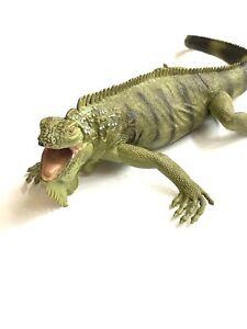 Iguana Incredible Creatures Figure Safari Toy pvc large realistic