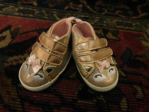 NEW Laura Ashley sz 2 Baby Pink Gold Metallic Crib Shoes Booties Cat Fox Face