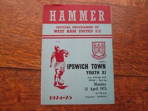 WEST HAM UNITED YOUTHS v IPSWICH TOWN YOUTHS FA YOUTH CUP FINAL 21ST APRIL 1975