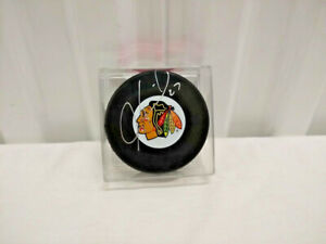 Jeremy Roenick Autographed Chicago Blackhawks Logo Puck Mounted Memories COA
