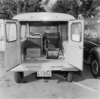 Citroen 2-CV Wagon 1956 model OLD CAR ROAD TEST PHOTO 5