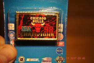 CHICAGO BULLS -- 1998 NBA CHAMPIONS -- Stamp Pin -- Brand New in Original Pack