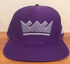 sports shoes c9056 f51b6 Sacramento Kings adidas Men Snapback Hat Cap Purple