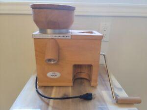 KOMO Fidifloc21 - grain mill and oat flaker