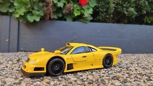 Mercedes Benz CLK GTR Road Version Yellow 1:18/ Maisto Special Edition Brand New