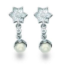 Pendientes de joyería con diamantes perla