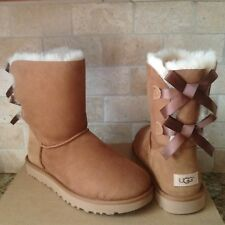 UGG BAILEY BOW II CHESTNUT WATER-RESISTANT SUEDE SHORT BOOTS SIZE US 9 WOMENS