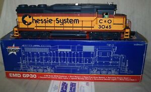 USA Trains 22456 GP30 Diesel Locomotive Chesapeake & Ohio Chessie C&O - G Scale