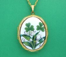 St Patricks Porcelain IRISH SHAMROCK & LILY of the Valley Cameo Locket Necklace